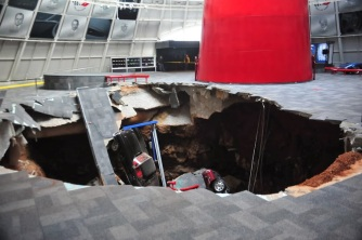 a-sinkhole-collapsed-beneath-the-national-corvette-museum-in-bowling-green-ky-early-wednesday-taking-eight-valuable-automobiles-with-it